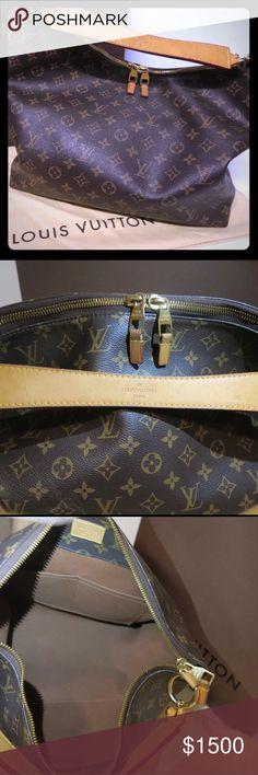 LV monogram canvas sully LOUIS VUITTON Monogram Canvas Sully Shoulder Hobo Bag Handbag Louis Vuitton Bags Shoulder Bags