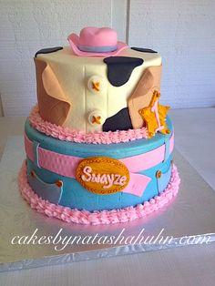Sheriff Callie Cake #sheriffcallie #firstbirthday #sheriffcalliecake #cowgirlcake