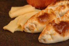 Hemos - Social Pizza Empanadas, Queso, Dairy, Cheese, Food, Socialism, Onion, Essen, Empanada