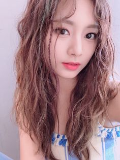 Find images and videos about kpop, twice and tzuyu on We Heart It - the app to get lost in what you love. Nayeon, Korean Beauty, Asian Beauty, Korean Girl Groups, South Korean Girls, Tzuyu Body, Asian Woman, Asian Girl, Chou Tzu Yu