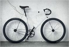 CLARITY BIKE | TRANSPARENT BIKE BY DESIGNAFFAIRS