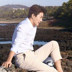 Kwon Sang Woo, Singing, Korean, Stairs, Heaven, Korean Language