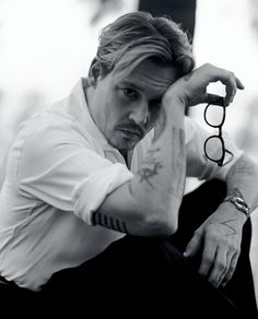 "whatdoiwear: ""Actor Johnny Depp captured by fashion photographer Bruce Weber for the cover story of Interview's Magazine's April 2014 edition. Johnny was styled by Karl Templer, with grooming by Joel. Beat Generation, Marlon Brando, Jack Kerouac, Johnny Depp Interview, Fangirl, Here's Johnny, Bruce Weber, The Lone Ranger, Smiling Man"