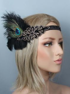 Feather Flapper Headband Headpiece – Retro Stage - Chic Vintage Dresses and Accessories Aurora Fashion, 1920s Looks, Gatsby Themed Party, Flapper Headband, Sequin Evening Dresses, 1920s Hair, Applique Wedding Dress, Hair Decorations, Vintage Glamour