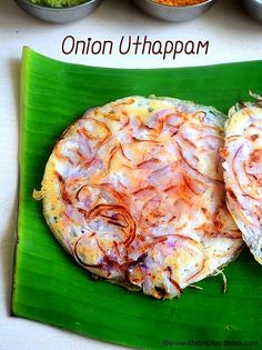 How to make onion uttapam recipe using a skillet-south Indian vengaya dosai using a kadai with stepwise pictures! Indian Snacks, Indian Food Recipes, Gourmet Recipes, Vegetarian Recipes, Cooking Recipes, Healthy Recipes, Indian Foods, Healthy Foods, Uttapam Recipe