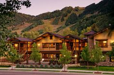 The Innsbruck Luxury Condominiums Built in contemporary #Aspen style, this property offers complimentary ski shuttle service, ski storage, heated outdoor resistance pool and spa. #skihotels