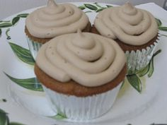 Rootbeer Cupcakes ~ weird or delicious...?