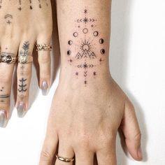Tatouage - Poignet - Fin - Graphique - Idée