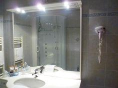 bagno ampio con box doccia e sauna