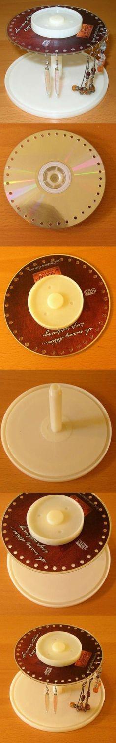 DIY Old CD Fülbevaló állvány DIY Old CD Fülbevaló Stand by diyforever