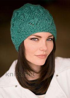 Две шапки выполнены по одной схеме с использованием разных видов пряжи и смотрятся совершенно по разному. Такая модель подойдет как взрослой девушке так и молоденькой девочке.