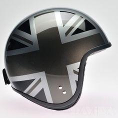 Davida jet Helmets:  Complex Silver / MonoUJ Sides  Product Code: 80512