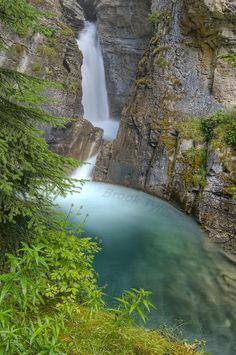 Johnston Canyon Falls - Canada