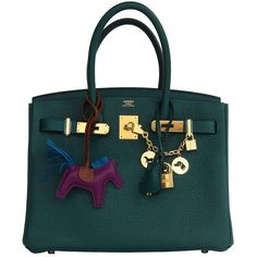 Pre-Owned Hermes Malachite Emerald Green 30cm Birkin Gold GHW (£14,200) ❤ liked on Polyvore featuring bags, handbags, green, preowned handbags, green satchel, satchel handbags, colorful handbags and hermes handbags
