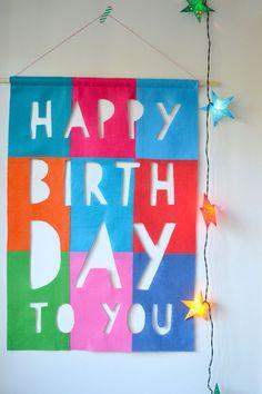 no-sew felt happy birthday banner DIY - I LOVE this. perhaps I could make it for my birthday? Felt Diy, Felt Crafts, Diy Crafts, Happy Birthday Banners, Birthday Wishes, Felt Banner, Diy Banner, Homemade Birthday, Diy Birthday