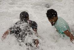 Some shots of Flic en flac and Tamarin during the passage of cyclone Felleng near Mauritius - http://rakesh-beedasy.com/albums/flic-en-flac-tamarin-cyclonic-weather/