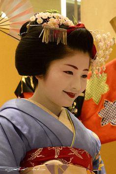 Promoting Miyako Odori - Spring dances in GIon Kobu with maiko Satsuki by LPstyle on Flickr