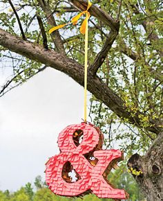 8 Modern Wedding Ideas You'll Love | Photo by: Photo: Michael Murphy IV Photography | TheKnot.com