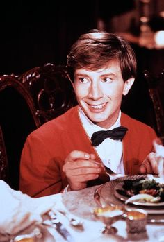 Martin Short as Clifford - One of my all time favorite movies Kid Movies, Funny Movies, Comedy Movies, Film Movie, Films, Creepy Kids, Scary, Comedy Events, Martin Short