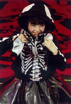 Black Babymetal Yui being kawaiiiiiii