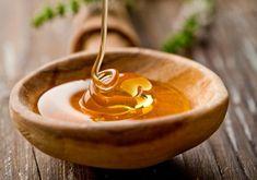 Conheça 3 receitas que vão deixar o seu cabelo lindo com o uso do mel. Se surpreender com o resultado. Saiba uma receita para cada tipo de fio.