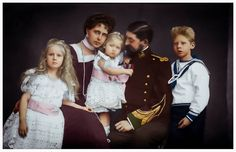 Queen Marie of Romania, King Ferdinand and their children Romanian Royal Family, Greek Royal Family, Regina Victoria, Queen Victoria, Queen Mary, King Queen, Michael I Of Romania, Royal Families Of Europe, Royal Blood