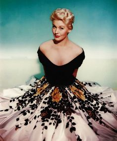 Gorgeous 1950s skirt.