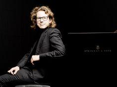 "Johann Sebastian Bach / Ferruccio Busoni: Chorale-Prelude BWV 659, ""Nun komm' der Heiden Heiland"" – Hannes Minnaar • http://facesofclassicalmusic.blogspot.gr/2015/06/johann-sebastian-bach-ferruccio-busoni.html"