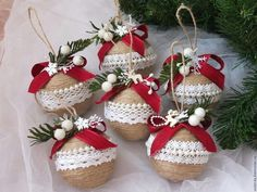Christmas Ornaments / Red and White Xmas Ornaments / Set of Diy Christmas Ornaments, Christmas Balls, Homemade Christmas, Rustic Christmas, Simple Christmas, Beautiful Christmas, Christmas Wreaths, Christmas Crafts, Christmas Spheres