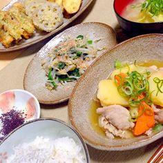 天ぷら(ちくわ・蓮根・さつまいも) 肉じゃが ほうれん草ともやしのおひたし しらすのせごはん キャベツの味噌汁 - 13件のもぐもぐ - 野菜天ぷら by chihiroish95Z
