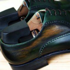 #yanko #yankoshoes #handmade #mallorca #luxury #buty #butyklasyczne #obuwie #shoes #shoeshine #style #stylish #patyna #patynowanie #patynacja #patina #patine #saphir #green #gentleman #gentlemen #mensshoes #menswear #oxford #brogues