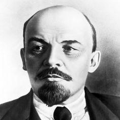 Vladimir Iljitsj Lenin, schuil naam Vladimir Ilirsj Oeljanov. geboren op 22 april 1870. overleden 21 januari 1924.