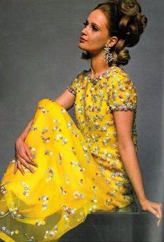 Celia Hammond in a dress by Belinda Bellville, Vogue UK, 1967.