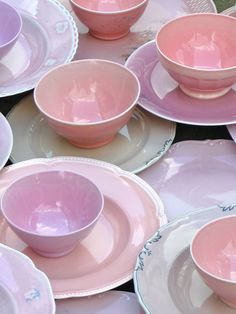 Jeanine Eek-Keizer finds secondhand porcelain dishes and reglazes them, unifying them through color.