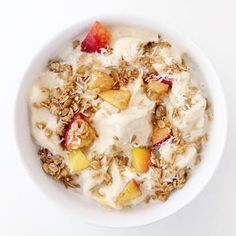 serves 4 Ingredients 3 large bananas, frozen 1 cup peaches, frozen ½ cup unsweetened coconut milk Dash of turmeric 1 cup gluten free rolled oats 2 tbsp coconut oil, coconut oil 1 tbsp almond butter. Clean Recipes, Healthy Dinner Recipes, Whole Food Recipes, Dessert Recipes, Healthy Sweets, Raw Recipes, Eat Healthy, Eat Dessert First, Granola