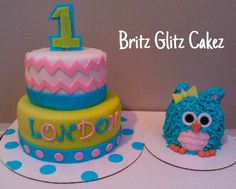 Chevron cake & owl smash cake Owl Themed Parties, Owl Birthday Parties, Elsa Birthday, Kids Birthday Themes, Baby 1st Birthday, Owl Parties, Birthday Cakes, Owl Smash Cakes, Owl Cakes