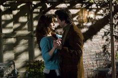 Still of Sandra Bullock and Keanu Reeves in The Lake House