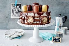 Dickmann Schokokuss-Torte :) mit Kakao-Biskuit und Schmand-Sahne-Kuss-Creme :) - http://www.lecker.de/schokokuss-torte-69034.html?utm_source=Sailthru&utm_medium=email&utm_campaign=Backtipp%202016-09-16&utm_term=back_tipp_der_woche