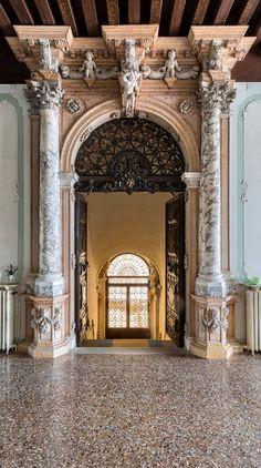 Palazzo Giustiniani alle Zattere
