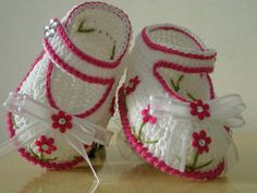 Sapatilha Flowers Baby Strass<br>Cor Pink<br><br>