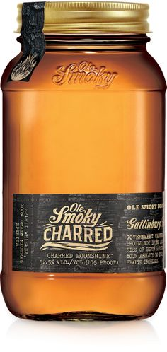 Ole Smoky Moonshine from Gatlinburg, TN has just added Charred Moonshine to its lineup of mason jarred deliciousness. (Apple Pie is our favo. Honey Packaging, Bottle Packaging, Pretty Packaging, Brand Packaging, Ole Smoky Tennessee Moonshine, Ole Smoky Moonshine, Design Da Garrafa, Branding, Acerola