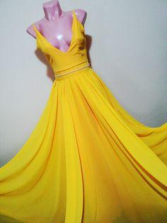 rochie galbena din voal