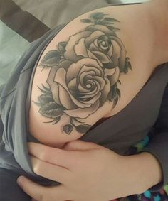 Most Loving Floral Tattoos on Shoulder for Women