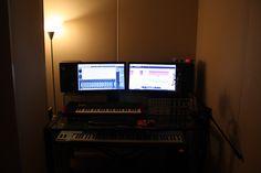 강남구 논현동에 작업실에서 녹음이 이루어 지면 중고생 기획사 오디션 데모 CD 보내실분 기념 녹음을 하고싶으신분 등 많은분들 연락주세요~ :http://www.wow10.com/Audio/728/