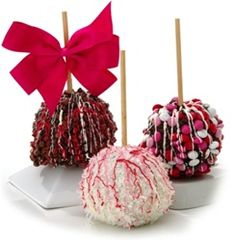Valentines Day Decorated Fruit - Chocolate Caramel Apples - Valentine Gift Ideas