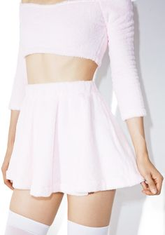 Melonhopper Candy Fluff High-Waisted Skirt is gunna take ya by the hand and lead ya to dreamland, bb~ This adorable mini skirt features an insanely soft 'N plush fluffy pastel pink construction, flirty flared style that glides over yer bod, and high waisted cut with thick, stretchy banding.