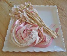 50 Wedding Stäbe, benutzerdefinierte Farben entsprechend Ihrer Hochzeit 3 satin Bänder, mit Glocke, senden ab, rustikale Hochzeit, Hochzeit,...