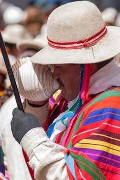 Acabo de compartir la foto de Ronald Alex Espinoza Marón que representa a: Festividad Virgen María de la Candelaria
