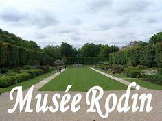 Musée Rodin se află în plin centrul Parisului, pe Boullevard des Invalides, vizavi de complexul Les Invalides. Aici, în aer liber, se găsesc trei dintre cele mai importante lucrări ale sculptorului: Le Monument aux Bourgeois de Calais, La Porte de l'Enfer, Poarta Iadului, opera capitală a lui Rodin, inspirată din Infernul lui Dante. Faţă în faţă cu această lucrare se află Le Penseur, Gânditorul, o lucrare concepută ca parte a Porţii Iadului