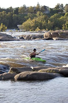 whitewater kayaking on the James River in Richmond, VA